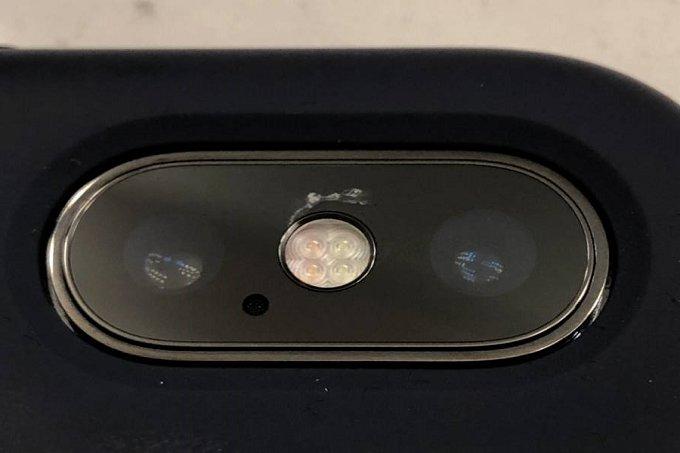 شکستن شیشه دوربین آیفون X