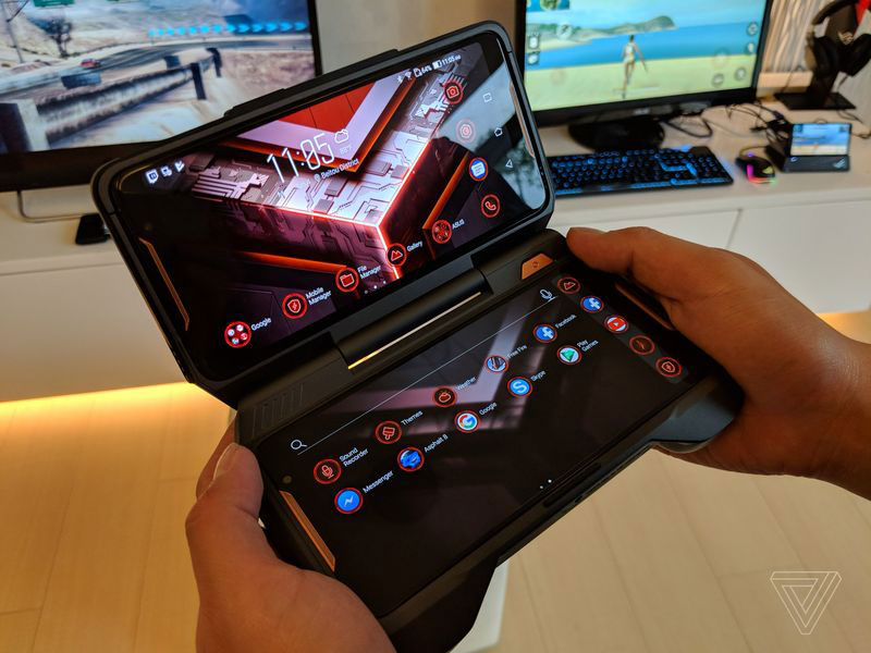 Asus ROG Phone 3 - گوشی مخصوص بازی ایسوس راگ (ROG Phone) با نمایشگر 90 هرتز، اسنپدراگون 845 به فرکانس 2.9 گیگاهرتز و داک های مخصوص معرفی شد