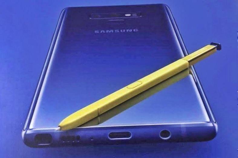 پوستری از گلکسی نوت ۹ لو رفت، رنگ آبی و قلم S Pen زرد!