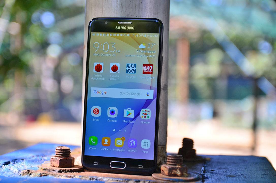 نمایشگر گلکسی پی 1 (Galaxy P1) احتمالا LCD باشد