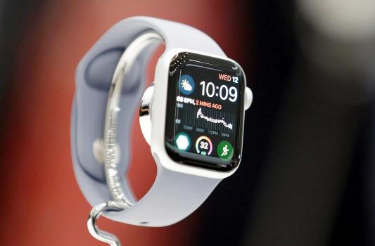 قابلیت تشخیص افتادن اپل واچ ۴ جان یک کاربر سوئدی را نجات داد