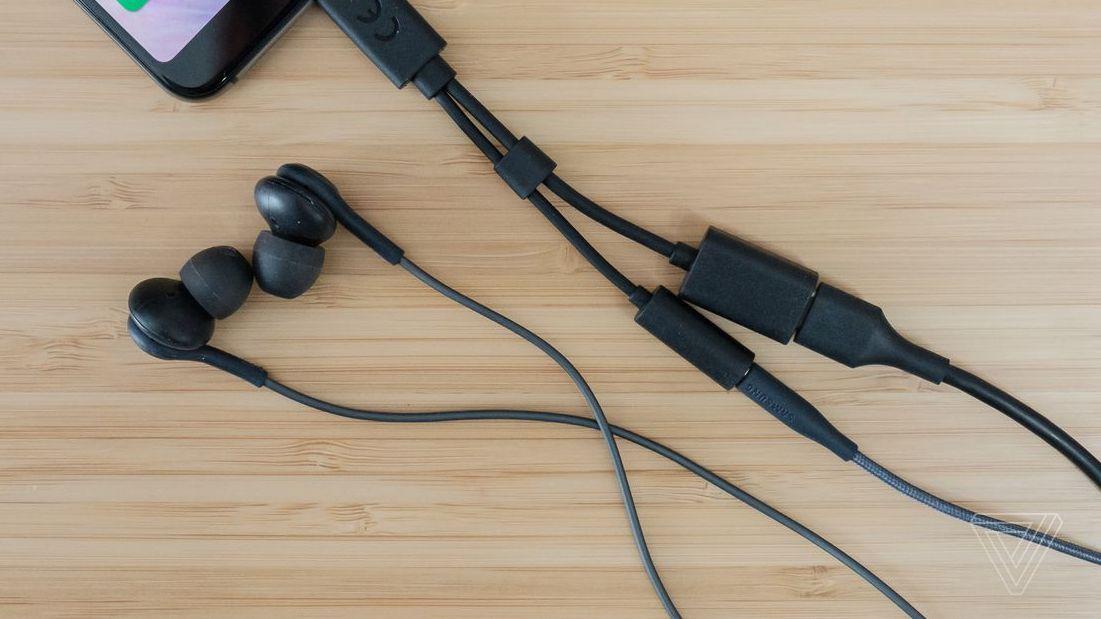 گلکسی A8s احتمالا بدون جک ۳.۵ میلی متری صدا عرضه شود