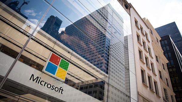 Microsoft 6 - مایکروسافت به گروه تریلیون دلاری ها پیوست