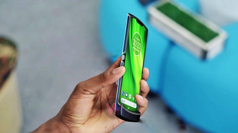 موبایل تاشو موتورولا ریزر وی ۴