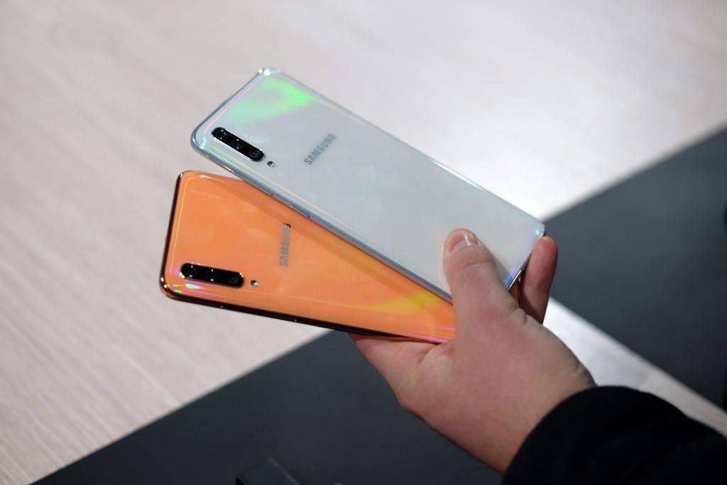 قیمت و زمان عرضه سامسونگ گلکسی ای ۷۰ (Galaxy A70) مشخص شد