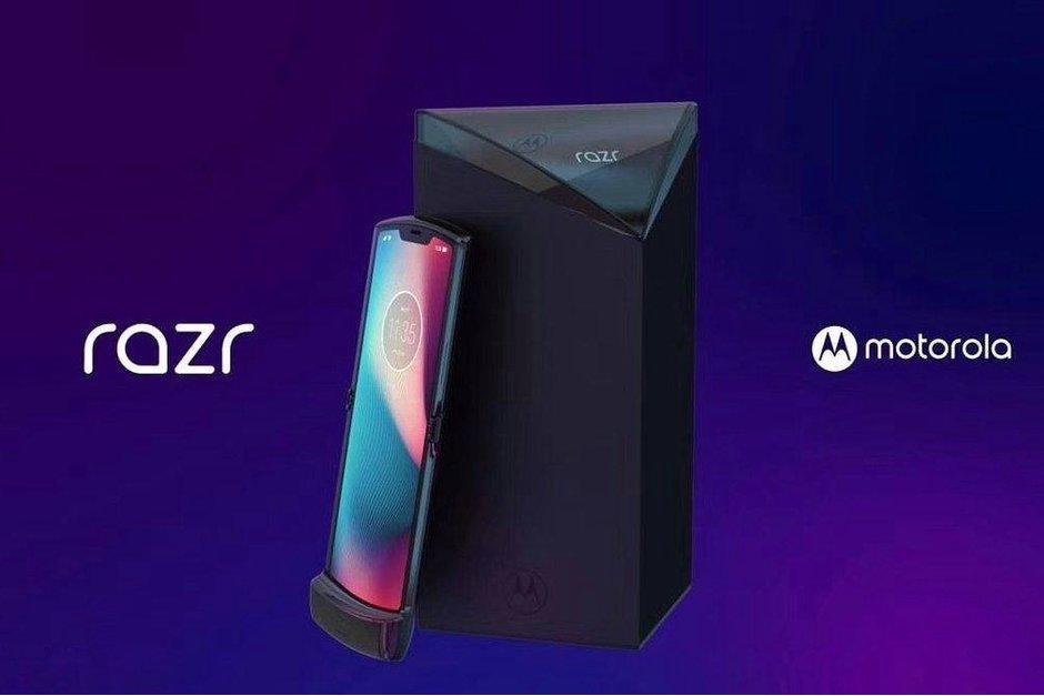 رندر گوشی تاشو موتورولا ریزر (Motorola RAZR) را ببینید