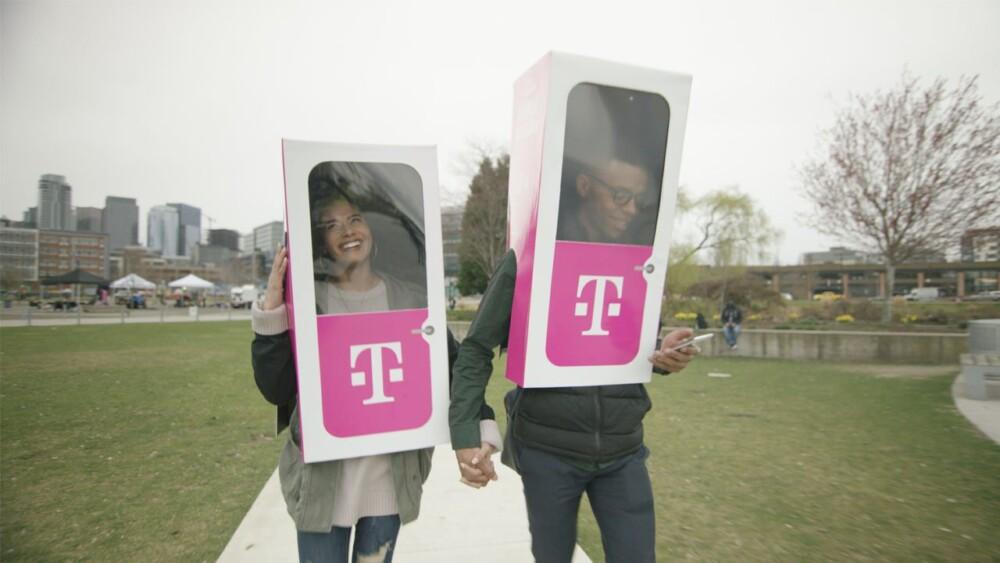 دروغ آوریل T-Mobile