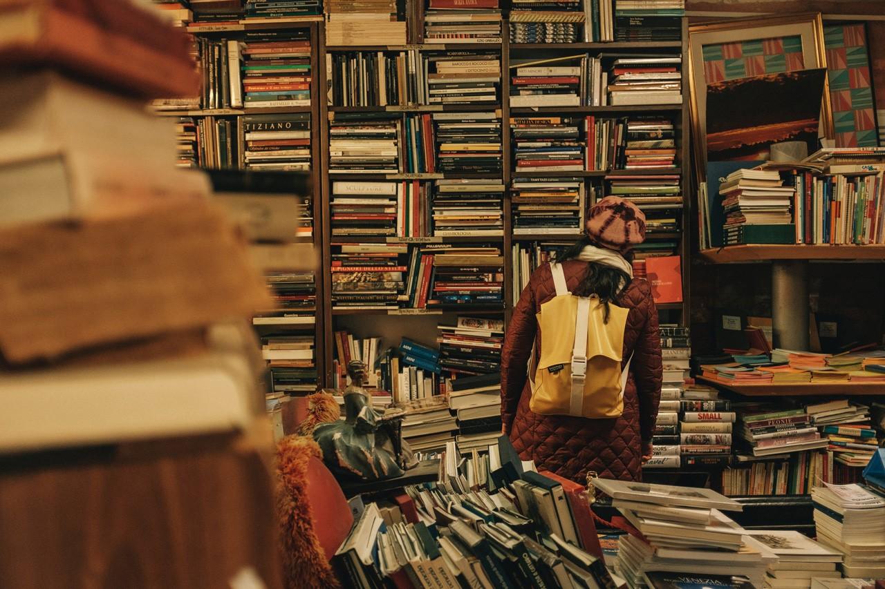 نقش خلاصه کتاب ها در مدیریت زمان چیست؟