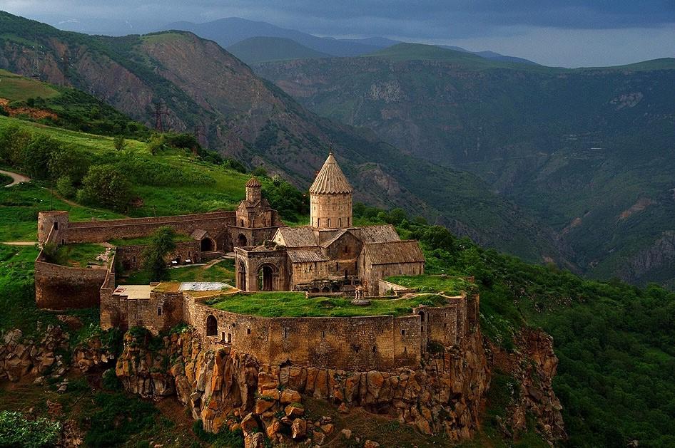 جاذبه های دیدنی ارمنستان در تور ارمنستان