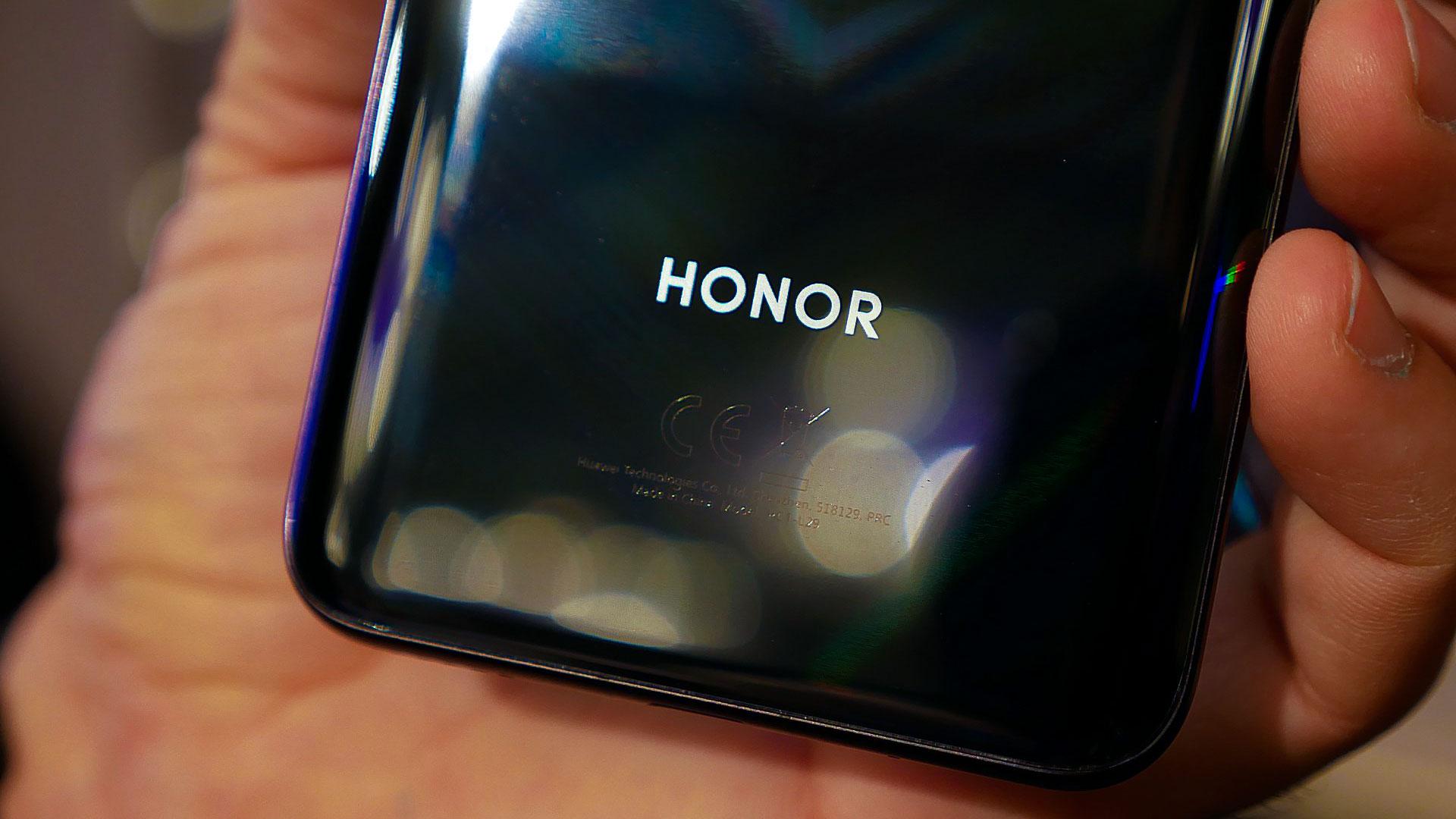 اولین موبایل 5G آنر (Honor) اواخر سال جاری میلادی رونمایی خواهد شد