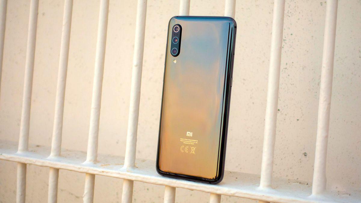 آپدیت اندروید ۱۰ آزمایشی برای شیائومی می ۹ (Xiaomi Mi 9) ارایه شد