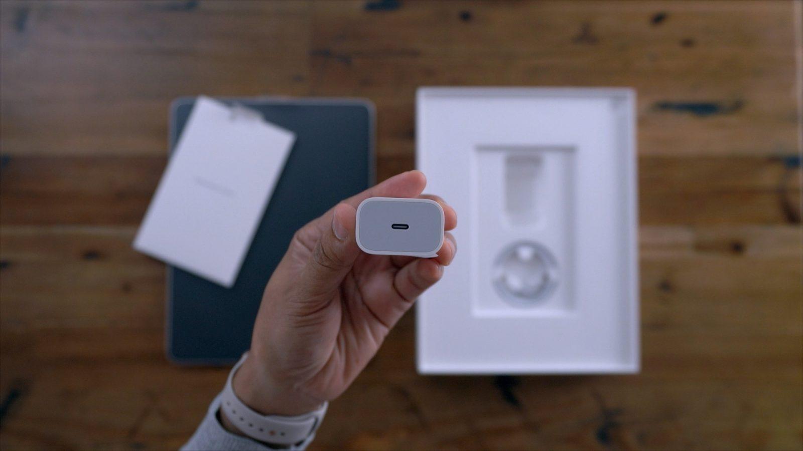 شاید آیفون ۱۱ با شارژر سریع و کابل USB C ارایه شود