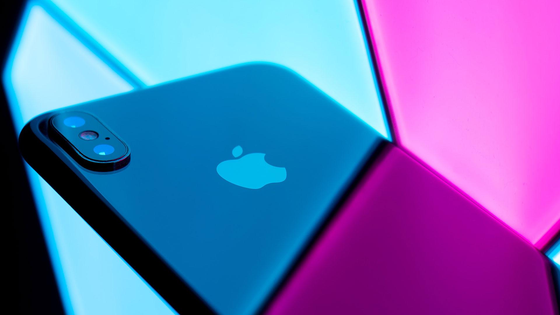 رشد اپل در عین کاهش فروش موبایل های هوشمند