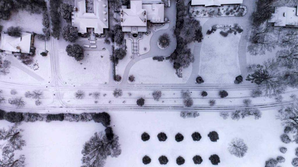ویز و جاده های برفی