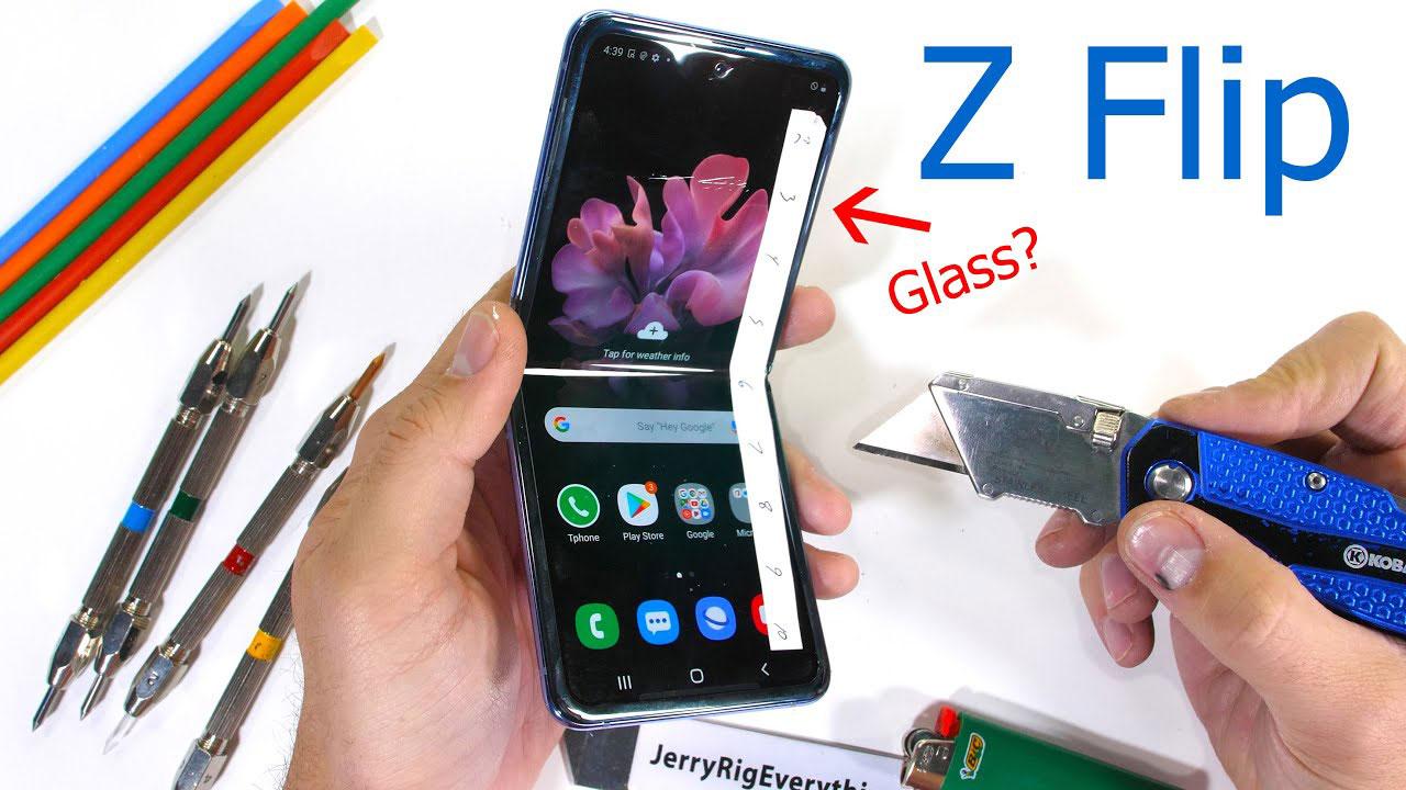 تست مقاومت گلکسی زد فلیپ را ببینید: آیا پوشش نمایشگر شیشه است؟