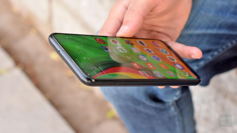ممنوعیت واردات گوشی بالای ۳۰۰ یورو به ایران : خدانگهدار آیفون؟
