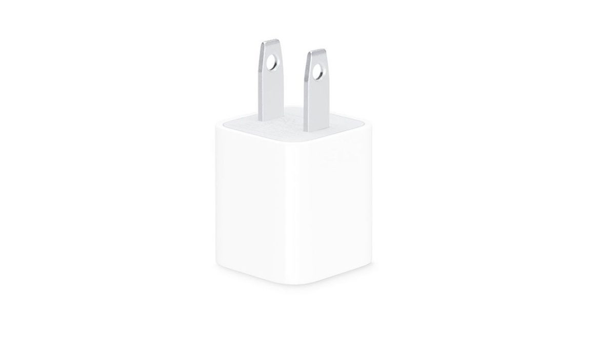 حذف شارژر از جعبه آیفون و آماده سازی اذهان توسط اپل