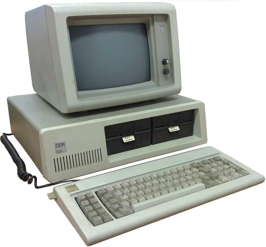 شروع رسمی عصرِ رایانههای شخصی با IBM 5150 در ۱۹۸۱