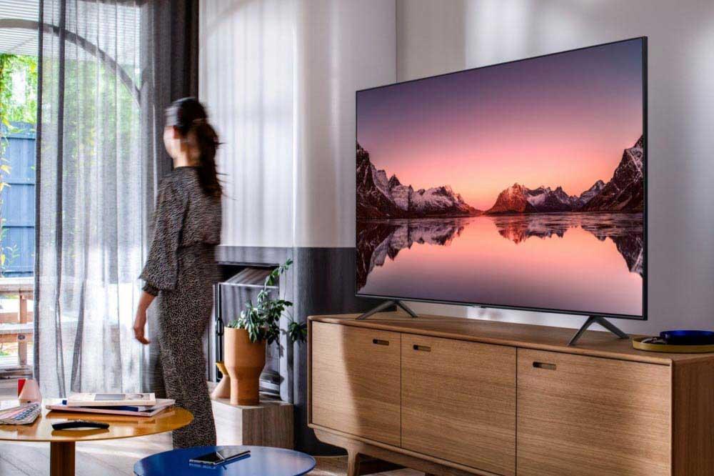 بررسی مزیتهای تلویزیونهای بزرگ