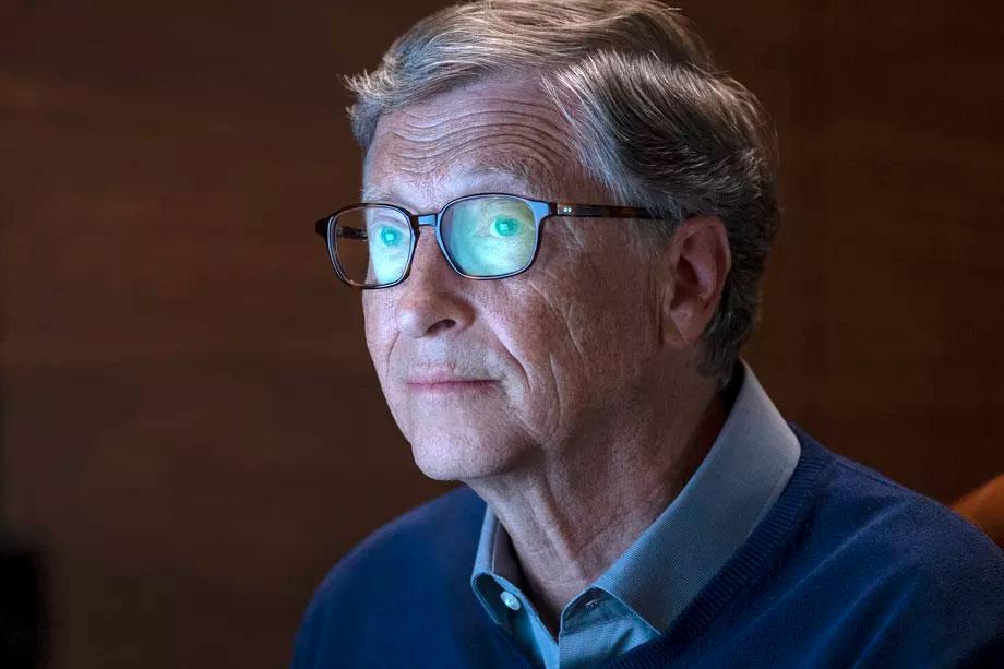 بیل گیتس می گوید شرکت های فناوری مستحق پرسش های بی ادبانه، ناعادلانه و سخت هستند