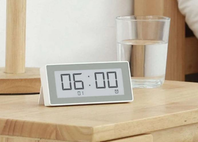 Seconds Smart Clock