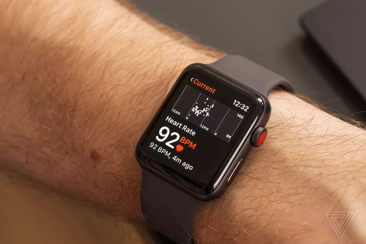 قابلیت پایش ضربات قلب اپل واچ منجر به مراجعه غیر ضروری کاربران به پزشک شد