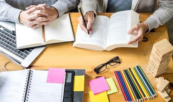 6 توصیه مفید برای انتخاب آنلاین بهترین معلم خصوصی ریاضی در تهران