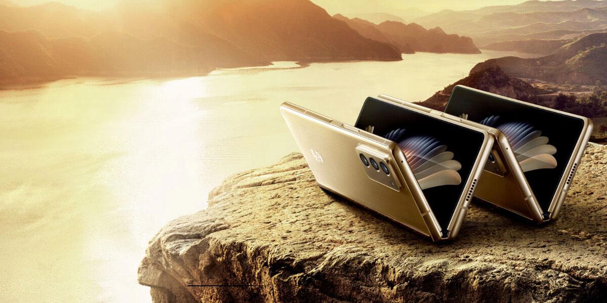 سامسونگ W21 5G با قیمت ۳۰۰۰ دلار رسما معرفی شد