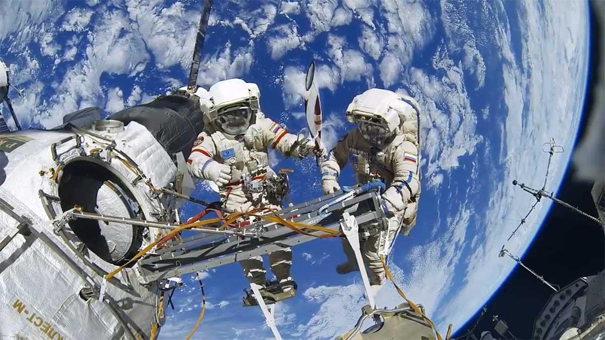 ایستگاه فضایی بین امللی