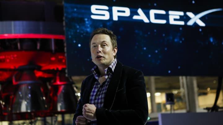 اینترنت ماهواره ای استارلینک شرکت SpaceX در انگلستان مجوز گرفت