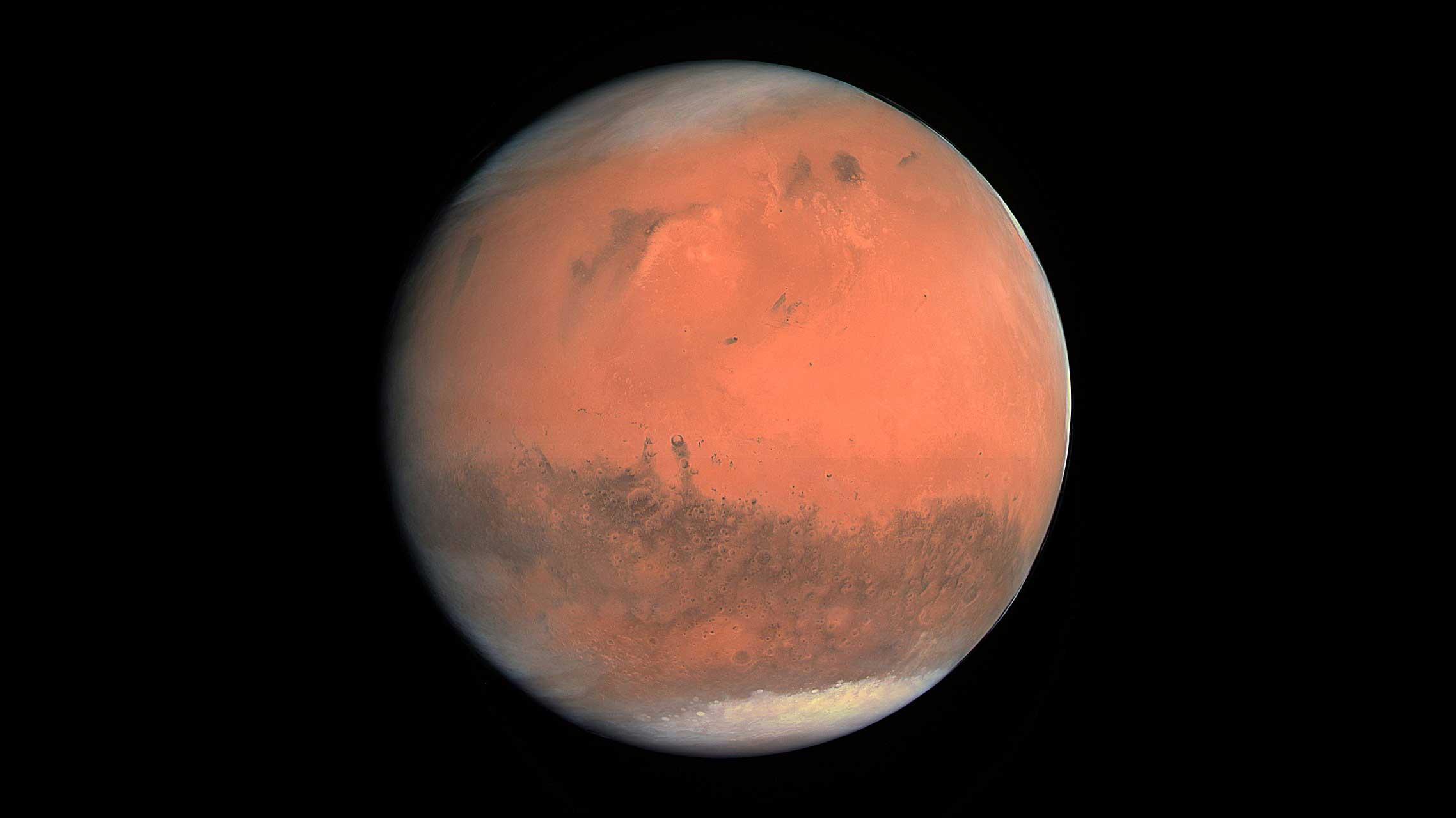 اکتشاف صحنه های یخ زده در تابستان مریخ