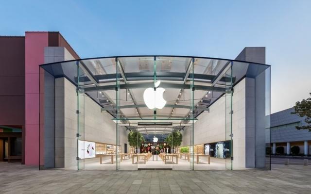 COVID-19 بار دیگر موجب تعطیلی موقت بعضی از فروشگاه های اپل شد