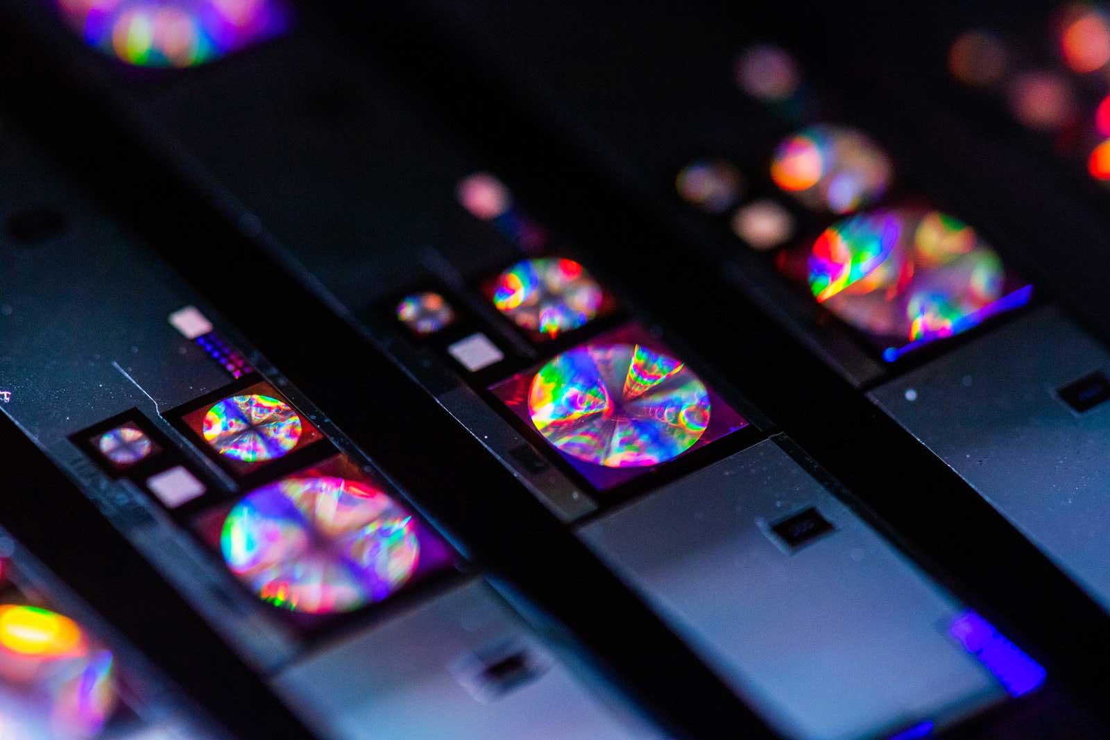 ارتقا کیفیت دوربین های موبایل با لنز جدید شرکت Metalenz