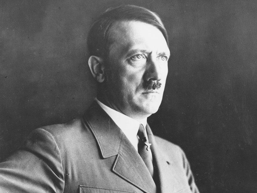آدولف هیتلر پیشوای آلمان و رهبر رایش سوم