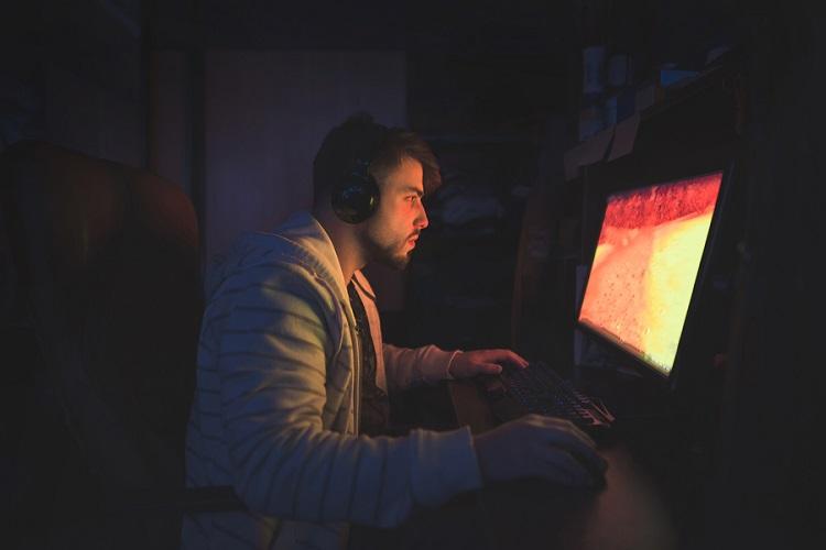 اضطراب در بازی های ویدیویی ، چگونه احساسات خود را کنترل کنیم