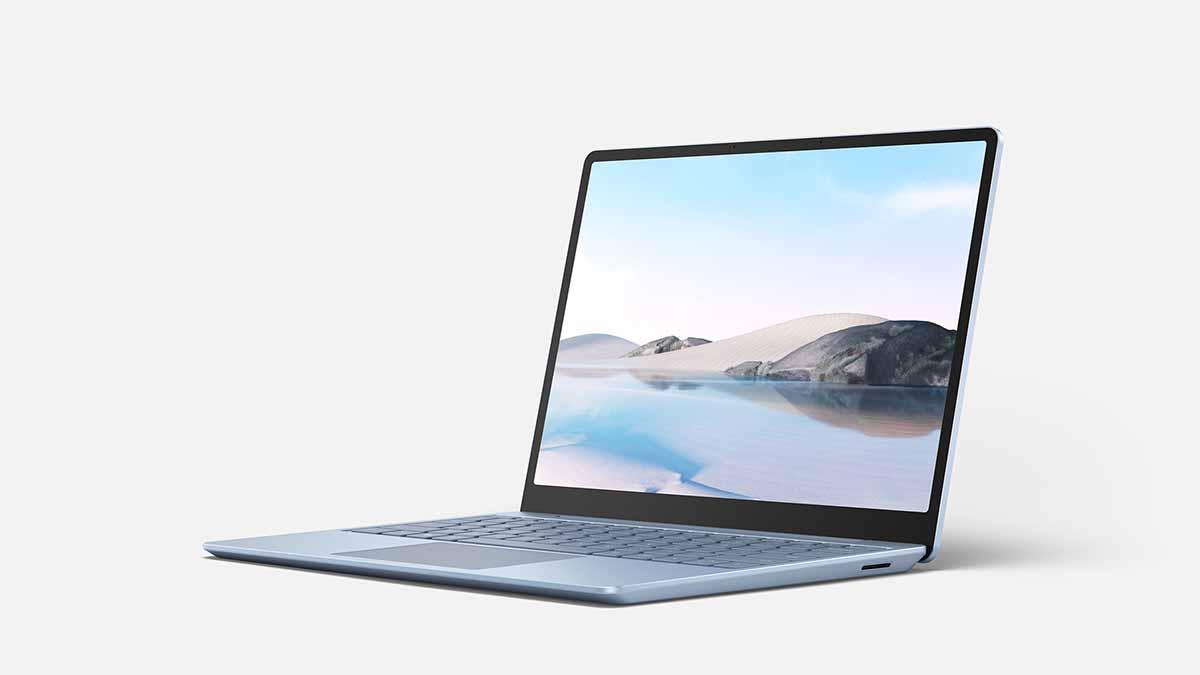 پنل های OLED برای لپ تاپ