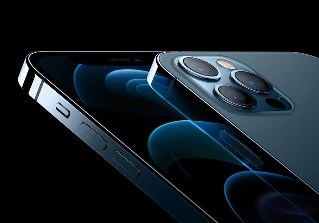 ضخامت گوشی جدید آیفون 3 به 7.4 میلیمتر کاهش پیدا کرده است.