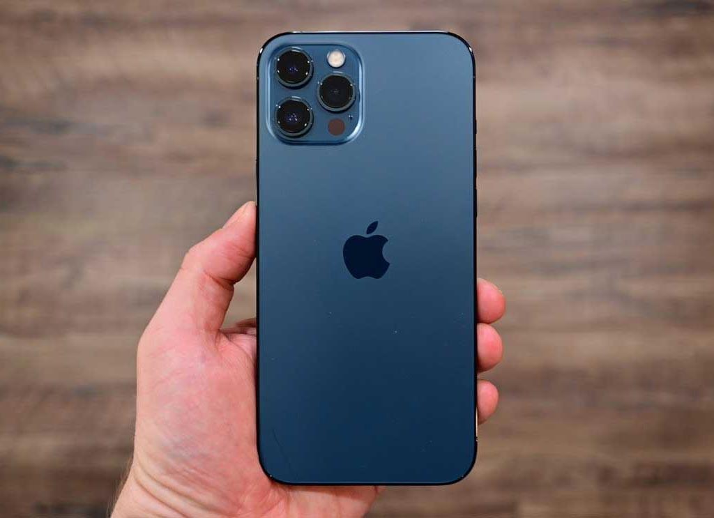 جدیدترین گوشی آیفون مجهز به 3 دوربین