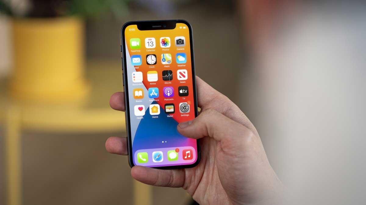 اپل به دنبال کاهش سهم سامسونگ در تامین پنل OLED آیفون ها است