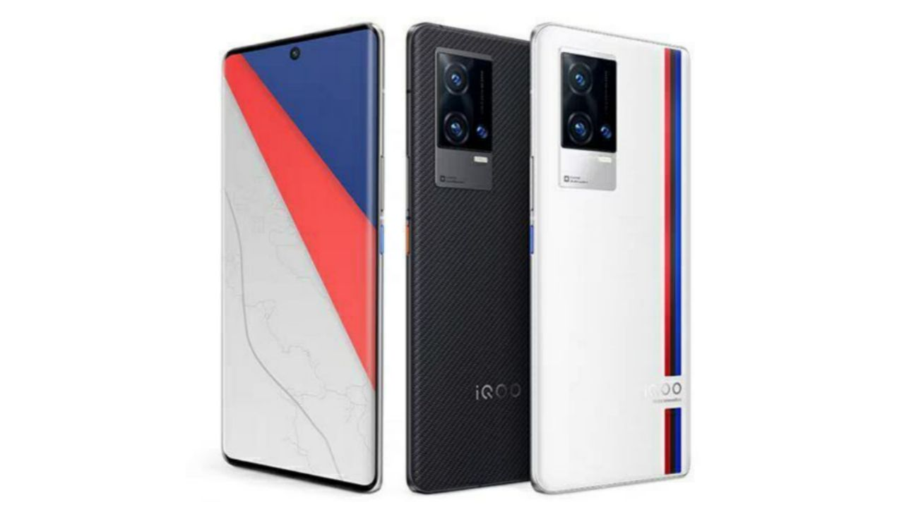 مشخصات iQOO 8 Pro به همراه طراحی آن در پوستری رسمی دیده شد