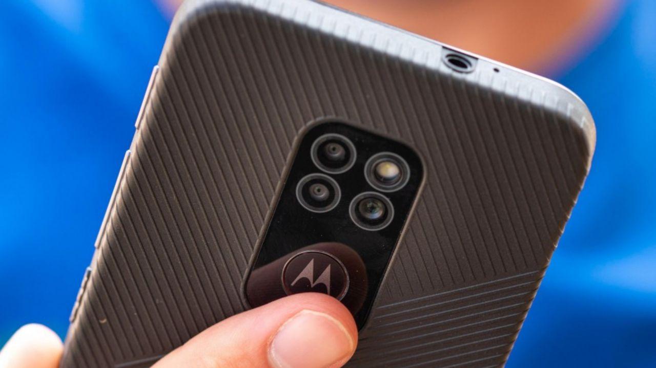 عمر باتری Motorola Defy مشخص شد: استقامت بالا برای یک گوشی مقاوم