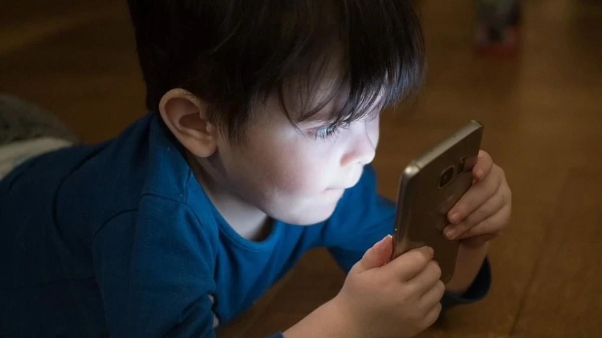 محدودیت استفاده از برنامه TikTok بهمدت تنها ۴۰ دقیقه در روز برای کودکان زیر ۱۴ سال چینی